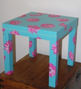 Gerber Daisy Transfers rubbed on small table!